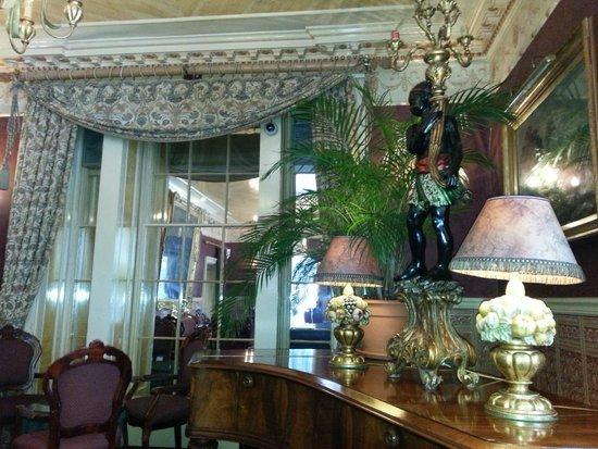 Penventon Park Hotel: Lounge