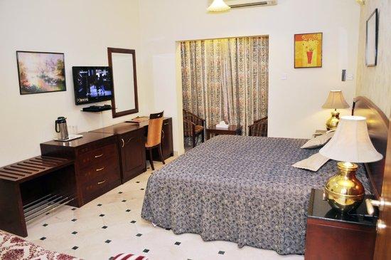 Al Bhajah Hotel: Room View