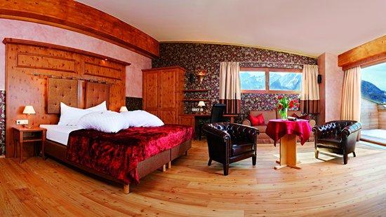 L'Hotel: Suite