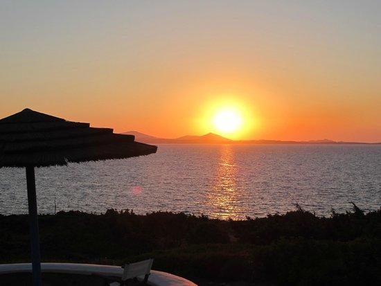 Hotel Pirgos Stelida : Sunset over Paros - from Pirgos Stelida