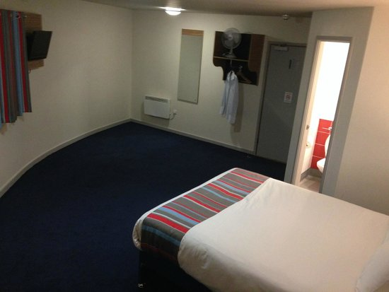 Travelodge Middlesbrough: Clean, comfortable, basic