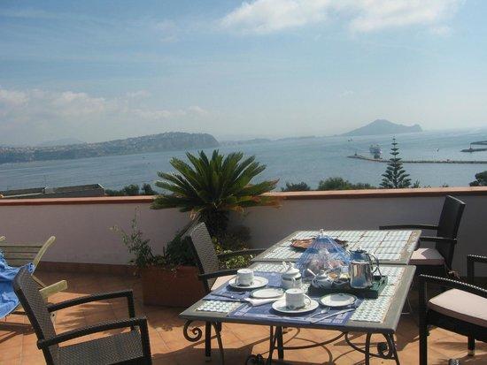 Panorama dalla Terrazza - Foto di Bed & Breakfast La Terrazza, Isola ...