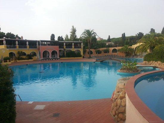 Forte Village Resort - Royal Pineta: una delle piscine