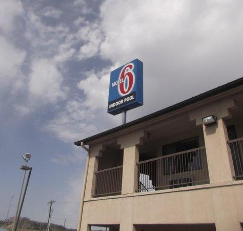 Motel 6 Junction: Photo du 1er mai 2014