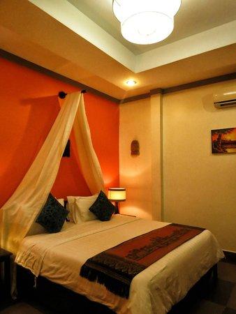 Areca Angkor Boutique: bed