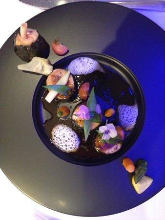 Five Seas Hotel Cannes: roast quail with foie gras