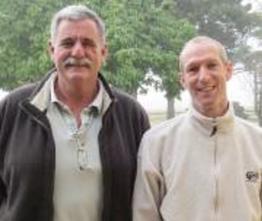 Wild Clover Farm: Farm manager, Richmond Wilmot with chef Alan Pluke.