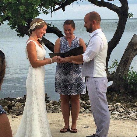 Seascape Motel and Marina: Ceremony