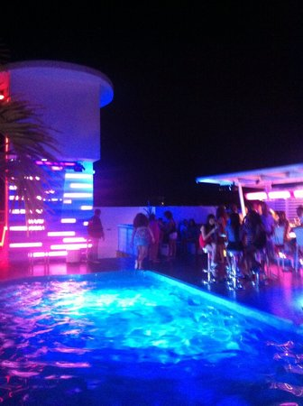 4U Skybar Nightclub