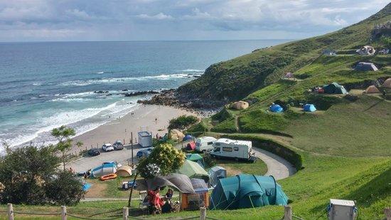Vista De La Playa Y Camping Fotografía De Camping La Paz Playa De Vidiago Tripadvisor