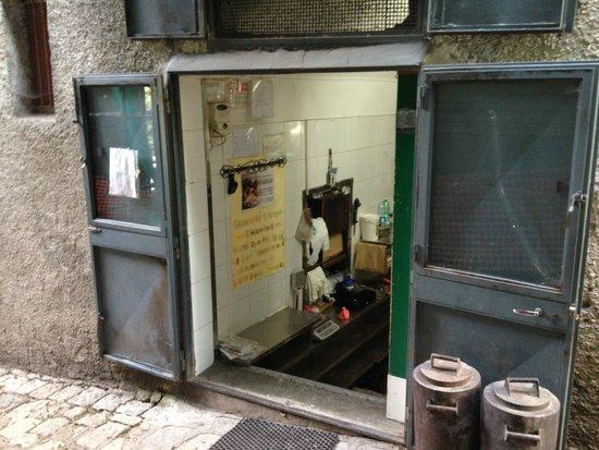 l'antico forno di valvano: ingresso forno valvano