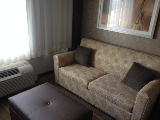 Crowne Plaza Foster City - San Mateo: Sofa