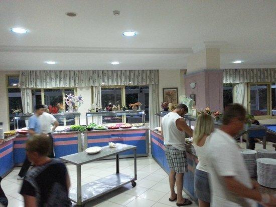 Vital Beach Hotel: dining