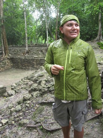 The Native Choice Tours: Rain could not dampen Ivan's enthusiasm or our enjoyment at the ruins!
