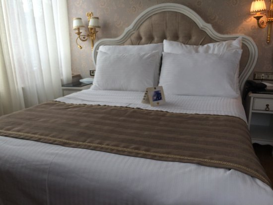 BEST WESTERN Empire Palace : One of the luxury rooms on the 6th floor