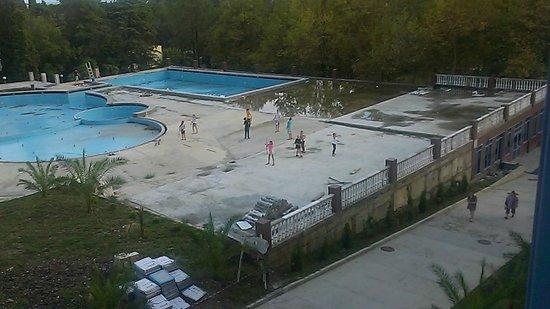 Loo, Rusia: Зоны для семейного отдыха и бассейн