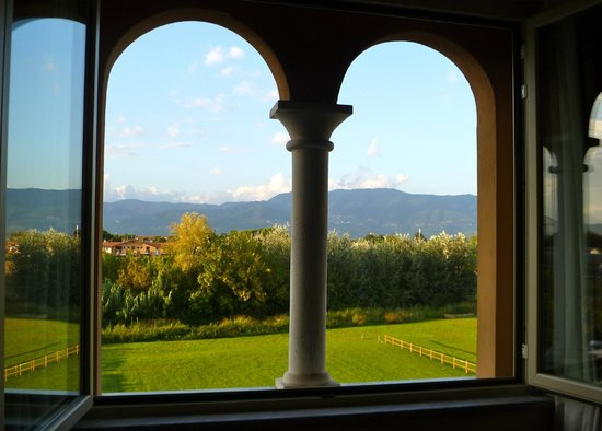 Best Western Grand Hotel Guinigi : View From Our Room
