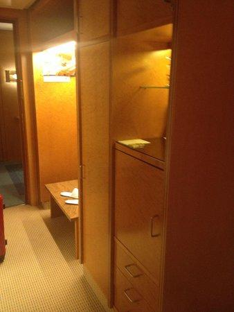Grand Elysee Hotel Hamburg : Room