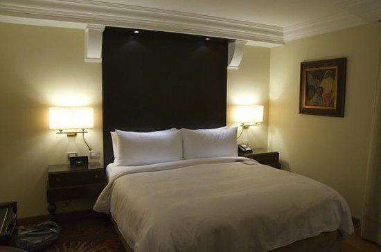 جاي دبيلو ماريوت إل كونفينتو كوسكو: Bedroom #302