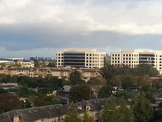 Holiday Inn San Jose - Silicon Valley: Hotel room view