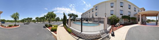 Comfort Inn & Suites Burnet: We pride ourselves on being one of the finest hotels in Burnet