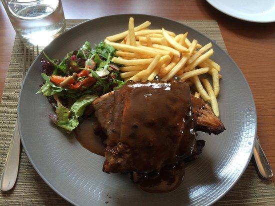 All Seasons Restaurant & Inn: Ribs 12 hour
