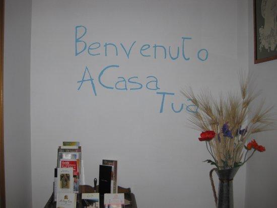 A Casa Tua B&B: L'ENTRATA...