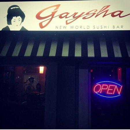 Gaysha New World Sushi Bar: Love the name