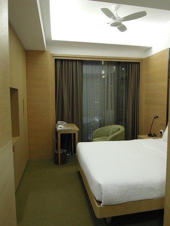 room-2 (Causeway Corner, Hong Kong)
