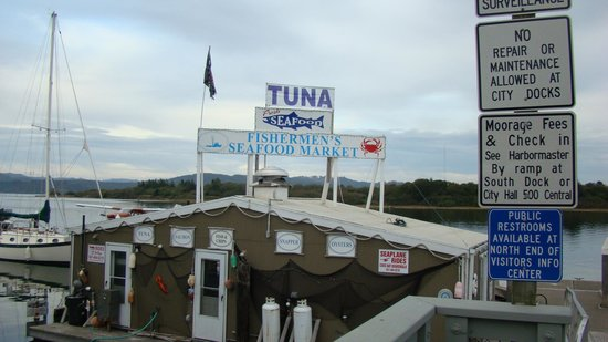 Coos Bay Boardwalk: our fav seafood place in Coos Bay