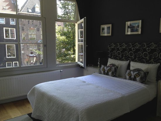 ‪‪Velvet Amsterdam Bed and Breakfast‬: Room‬