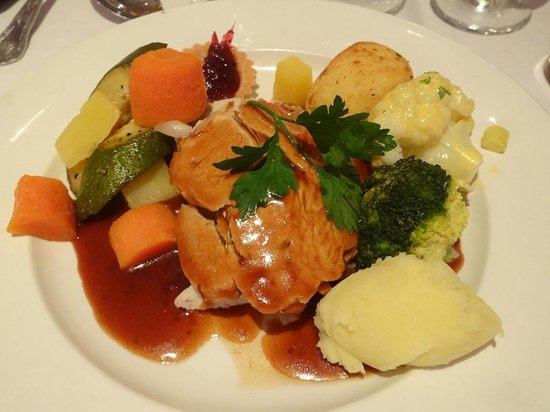 Fitzgerald's Vienna Woods Hotel : One of the main dishes, roast turkey, both dishes were raved about by our guests