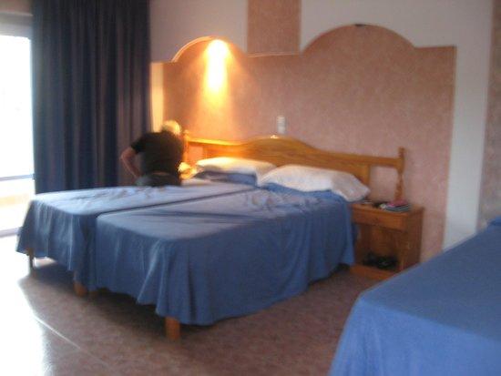 Plaza Santa Ponsa Boutique Hotel: bedroom