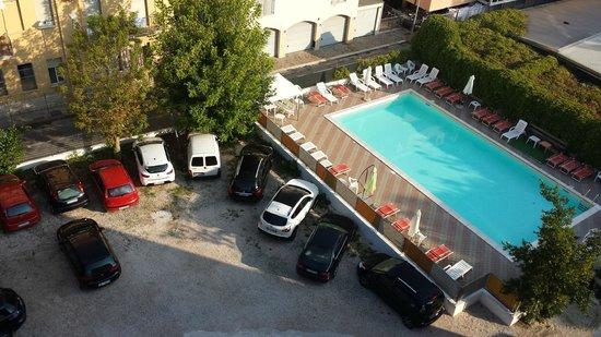 Villa del Parco: comodissima la piscina a disposizione