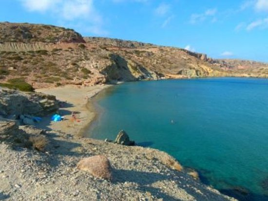 Lasithi Mesa, Grecja: View from foot path to beach.