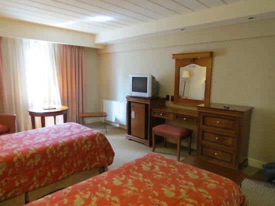Quijote Hotel: habitacion