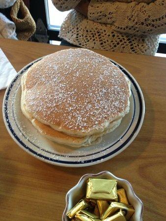 Yellowstone Grill: pancake perfection !!!!!