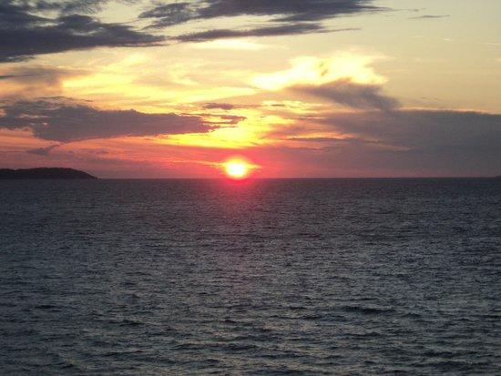 7th Heaven Cafe: Sunset Heaven
