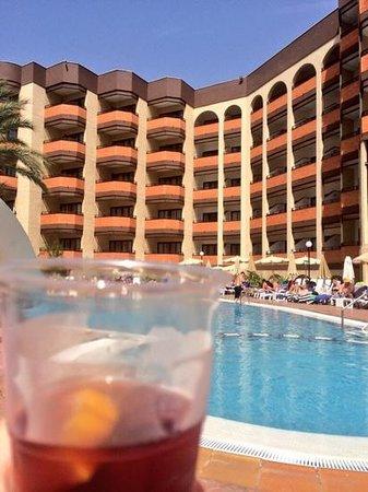 MUR Hotel Neptuno Gran Canaria: Sangria O'clock