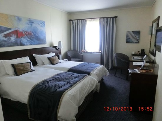 The Commodore: room