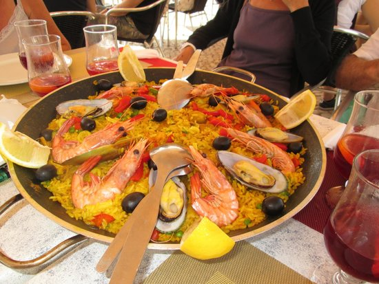Praia Tamariz Restaurant: super paelha !