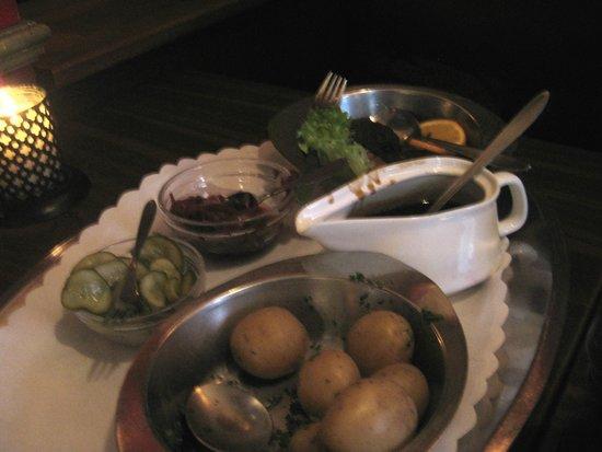 Koebenhavner Cafeen: Danish meatballs with gravy,  roast potatoes, beets and pickles