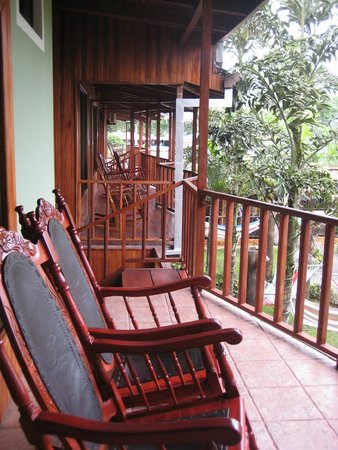 Arenal Hostel Resort: Our private double room with porch