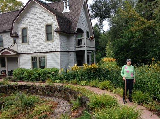 Pinehurst Inn Bed and Breakfast: In front of Garden House