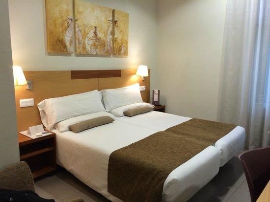 Bcn Urban Hotels Gran Ducat : Quarto