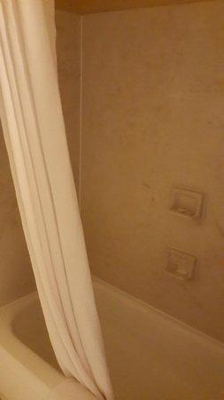 Comfort Suites: Muy limpio el baño