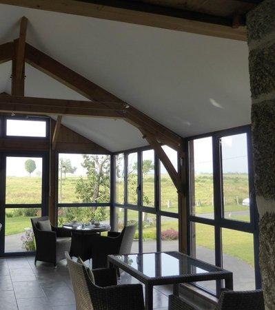 La Grange d'Emilie : The dining room