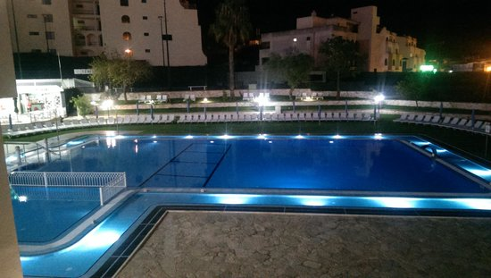 Tropical Sol Apartments: view of pool from apt 06