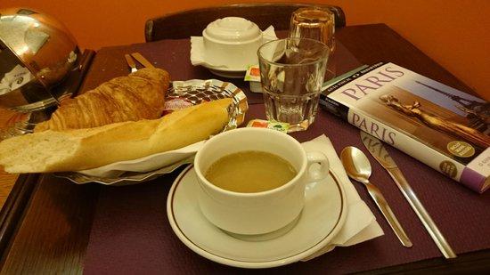 Grand Hotel de l'Europe : O café da manhã (não está incluído na diária)