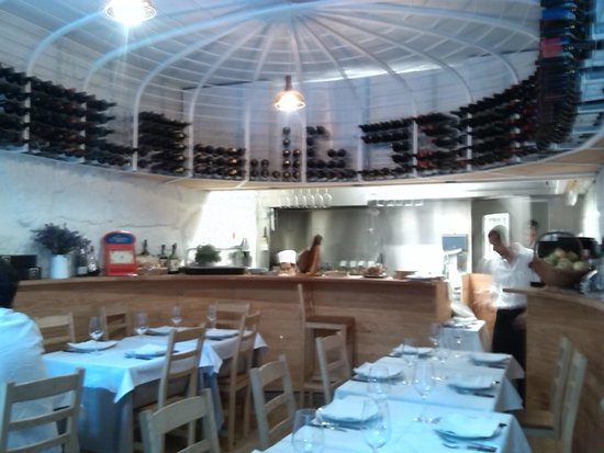 Taberna dos Mercadores: Superb little restaurant